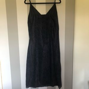BB Dakota Black w/ Navy Blue Speckles Dress-E14